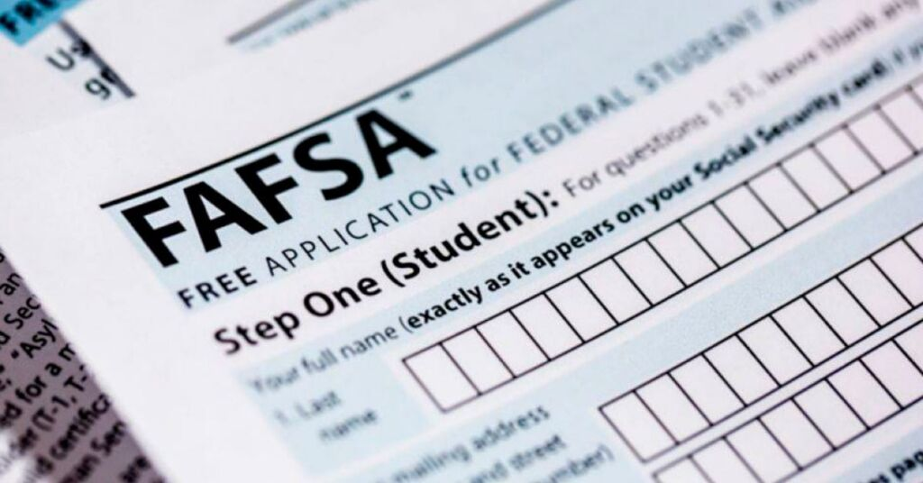 What's the difference between FAFSA, CADAA & DACA?